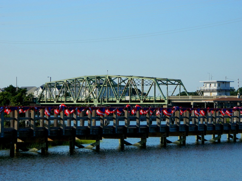 Surf City Bridge | photo courtesy of TownofSurfCity.com