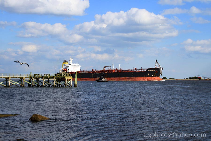 Southport Pier Tanker | Photo By : Jeff King tcgphoto.biz